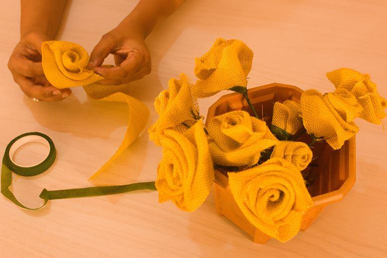 DIY Faux Flowers & Vase Decor